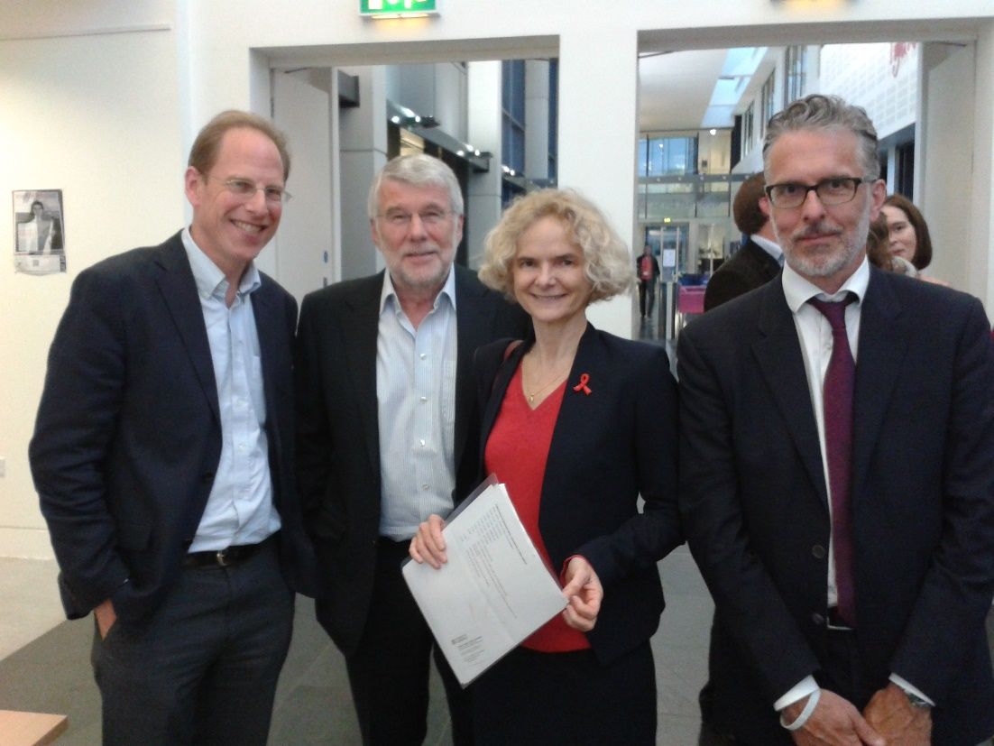 Professor Baron-Cohen, Professor Everitt, Dr Volkow and Professor Bullmore after the Paykel lecture 2015.
